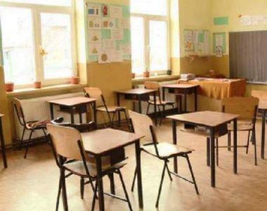 Școli închise.  Cum se va încheia totuși anul școlar? Elevii din clasele terminale vor...