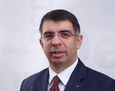"""Cazanciuc: """"Dreptul la libera circulaţie poate fi restricţionat doar prin lege"""""""