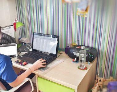 Preot din judeţul Covasna, despre şcoala online: Copiii nu au pâine pe masă, nu au...
