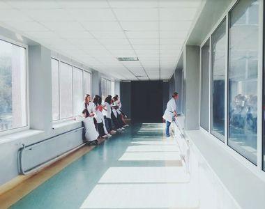 Nou spital modular pentru pacienţii cu forme uşoare de Covid-19, la Bucureşti