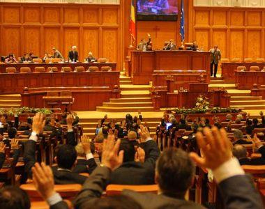 """Camera Deputaţilor dezbate moţiunea simplă a PSD intitulată """"«Virusul Cîţu» a infectat..."""