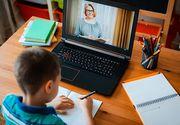 Părinții acuză profesorii că îi înregistrează pe cei mici în timpul cursurilor online