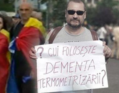 VIDEO| Protest ilegal în Piaţa Victoriei din Bucureşti, în prima zi de stare de alertă