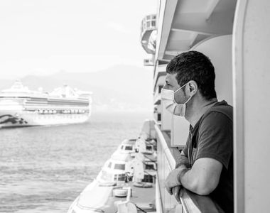 """Captivi pe un vas de crozieră din cauza covid-19: """"Suntem pe mare de la 1 martie,..."""