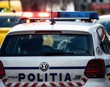 Buzău: Doi tineri au făcut scandal şi au încercat să lovească poliţiştii cu o sapă
