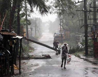 Ciclonul Amphan a făcut prăpăd în India. 14 persoane decedate și mii de case distruse