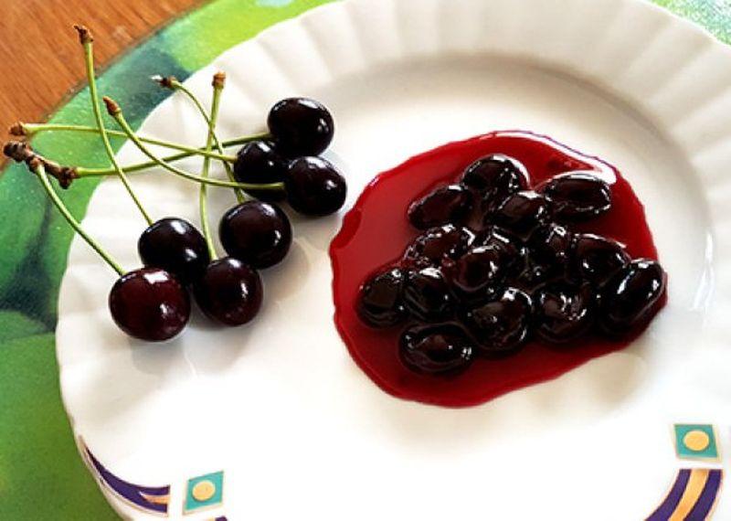 Dulceata de cirese amare