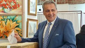 Marcel Vela a fost decorat de președintele țării din postura de luptător pentru victoria Revoluției din 1989!