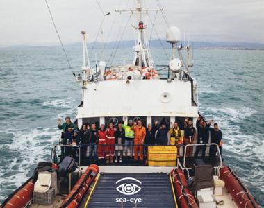 Italia: 400 de migranţi au debarcat ilegal pe o plajă din Sicilia