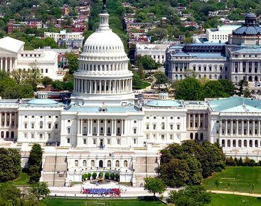 Washingtonul pregăteşte anularea vizelor a mii de studenţi chinezi care studiază în...