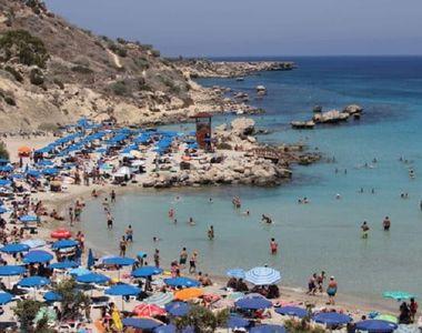 Guvernul cipriot va suporta costul vacanţei pentru orice turist care contractează...