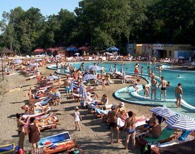Ce decizie s-a luat în privința redeschiderii piscinelor