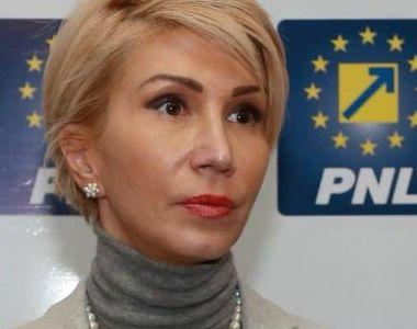 """Raluca Turcan: """"Judecătorii Curţii Constituţionale pun în pericol funcţionarea statului..."""