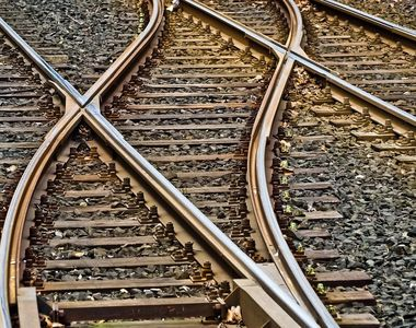 Mai multe trenuri suspendate din martie şi aprilie vor fi repuse în circulaţie de CFR...
