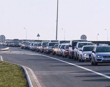 Infotrafic: Se circulă în coloană pe A2, pe sensul spre litoral - VIDEO