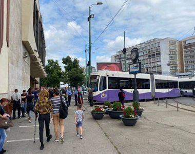 Panică în zona Gării de Nord din Timișoara. Un tramvai a deraiat de pe șine