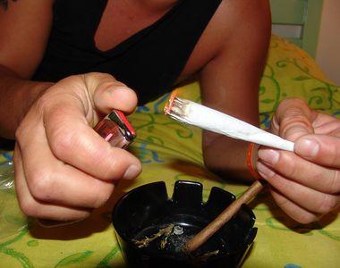 Bărbat arestat după ce a fost prins cu 1,2 kilograme de cannabis