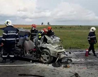 Trei oameni și-au pierdut viața într-un accident de proporții