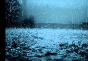 Codul galben de vreme rea, prelungit până duminică la ora 10.00, fiind vizată întreaga ţară