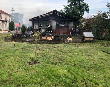 Incendiu într-un centru pentru vârstnici din Arad.  29 de persoane au fost evacuate
