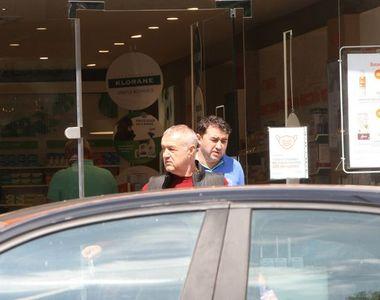 Gigi Becali i-a întins unui nevoiaș două bancnote. Omul a rămas mut când a văzut cât a...