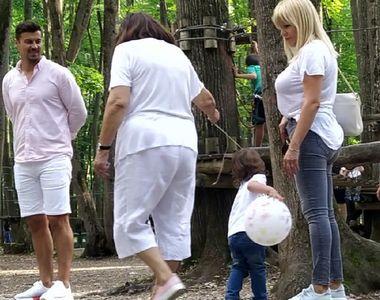 Elena Udrea, senzații tari la pădure, cu iubitul, fiica și mama