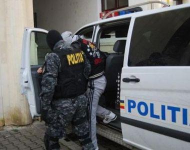 Bărbat arestat după ce a violat în repetate rânduri o fetiţă în vârstă de 12 ani