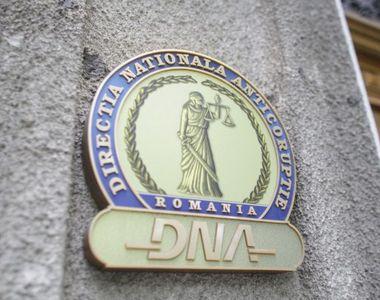 Directorul Unifarm SA, anchetat de DNA. Ar fi cerut mită pentru achiziția de măști și...