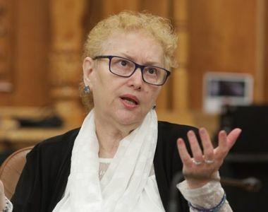Avocatul Poporului: Renate Weber nu poate beneficia de pensie specială, nu îndeplineşte...