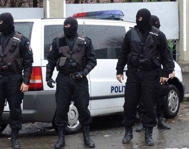 Razii de amploare în București și Iași. 25 de persoane aduse în fața anchetatorilor