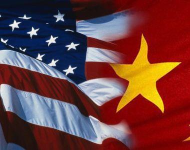 Statele Unite impun restricții de viză oficialilor chinezi pentru autonomia Hong Kong-ului