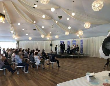 Şedinţă cu peste 100 de membri ai PNL la Iaşi.  Mulţi participanţi nu au purtat măşti...