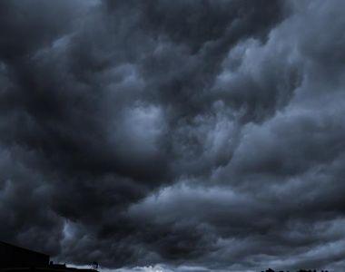 Cod portocaliu de furtuni în nouă judeţe