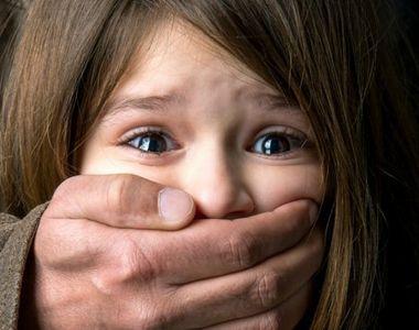 Pedofil periculos în libertate. Copiii sunt abuzați în public
