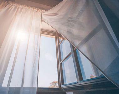 Cum să îți răcorești casa imediat, fără aer condiționat. Trucul pe care puțini îl știu