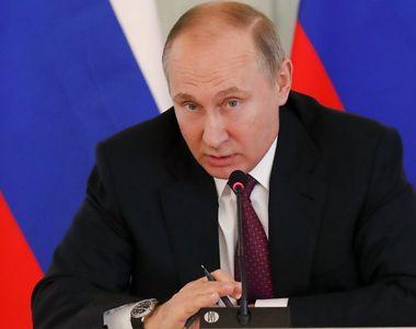 Constituţia lui Putin intră în vigoare sâmbătă, anunţă Kremlinul