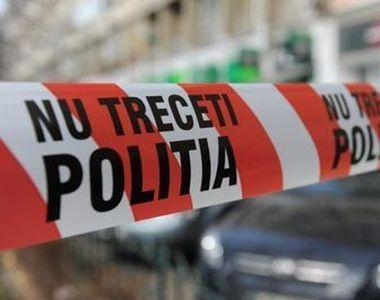 Crimă șocantă la Vaslui: Gemeni căutați de poliție după ce și-au omorât unchiul