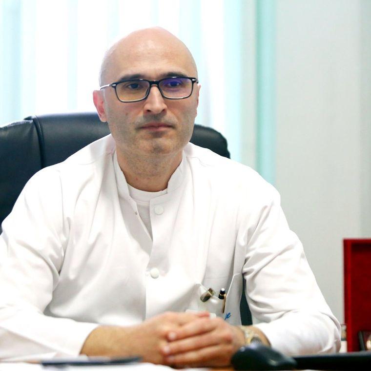 Medicul Cristian Oancea