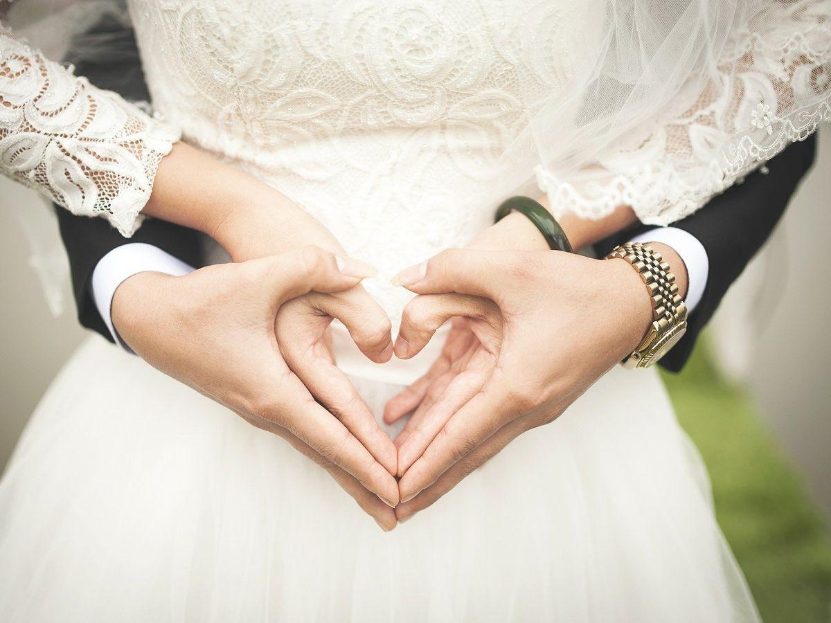 flirteaza prin casatorie