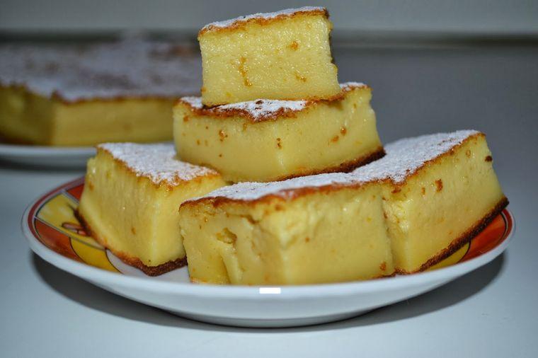Cum se prepară prăjitura deșteaptă. Cea mai simplă rețetă