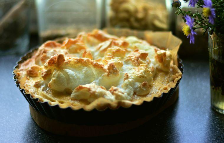 Cum să gătești o tartă delicioasă cu brânză și dovlecei! Avem cea mai bună rețetă.