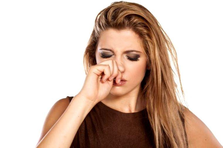 || DESCOPERĂ || Ce înseamnă când te mănâncă nasul. Semn bun sau rău?