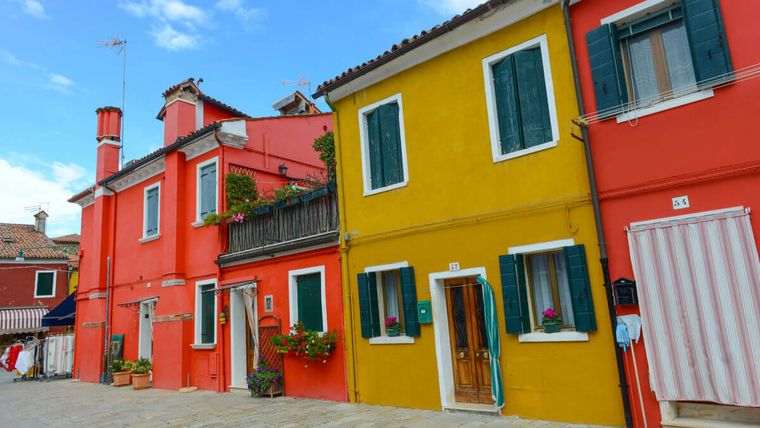 Unde îți poți cumpăra o locuință cu doar un euro. Cele mai ieftine case din lume
