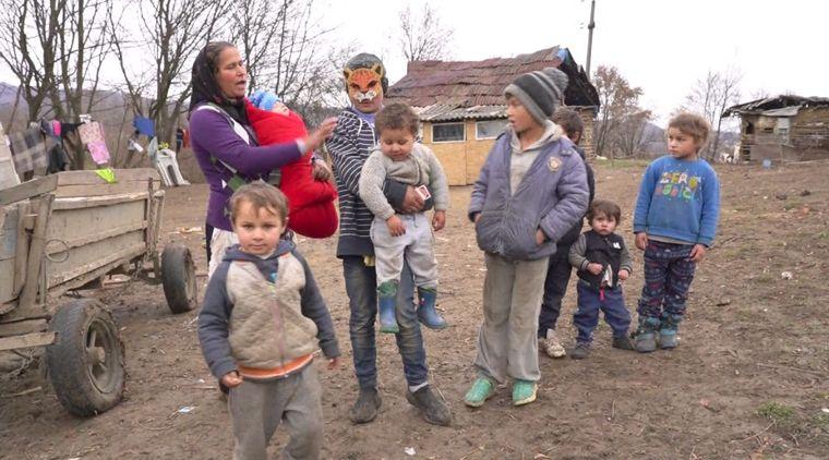 """Duminica aceasta, de la ora 14:30, la """"Asta-i România!"""" Povestea celor treisprezece copilași care luptă pentru supraviețuire"""
