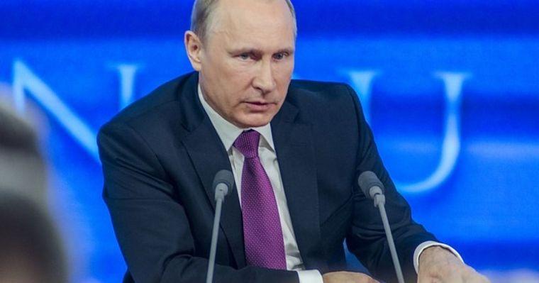 Vladimir Putin ordonă vaccinarea în masă