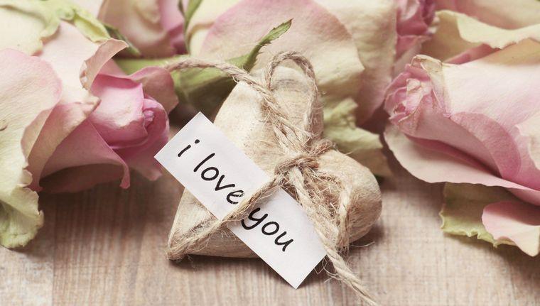 Mesaje de ziua indragostitilor 2021 - Citate de ziua indragostitilor - Mesaje de ziua indragostitilor la distanta - Mesaje de 14 februarie - Mesaje de sf valentin - Mesaje de dragoste - Mesaje haioase de ziua indragostitilor - 14 februarie ziua indragosti