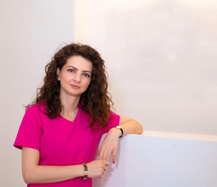 Medicul Daniela Diveică