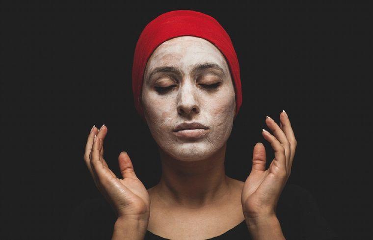 10 tips and tricks pentru a îți îngriji tenul și pielea corespunzător!