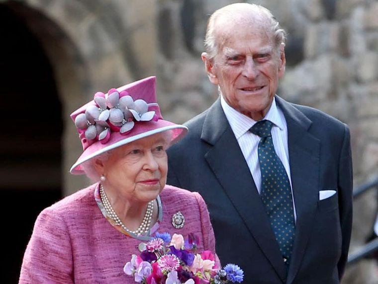 Motivele pentru care Regele George nu a fost de acord cu relația dintre Prințul Philip și Regina Elisabeta