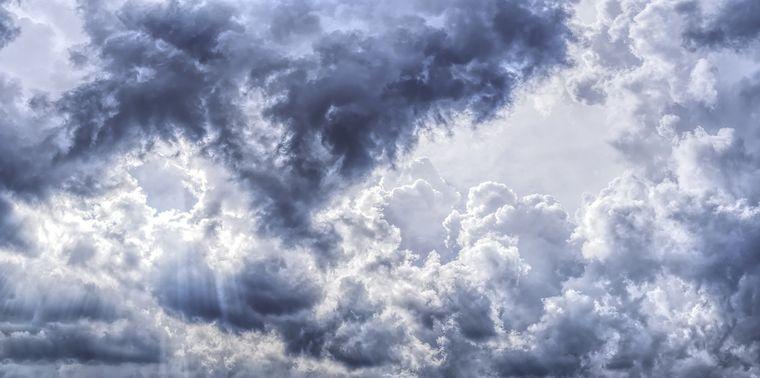 Vremea de weekend, 17-18 aprilie 2021, anuntul ANM: vreme ploioasa!